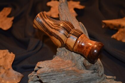 Zebrawood with figured Maple-Walnut insert (3)